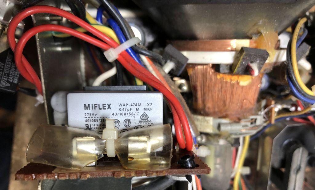 Condensateur écran Apple IIc
